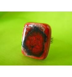 Bague carrée rouge