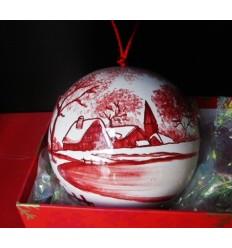 Boule de Noël village enneigé rouge
